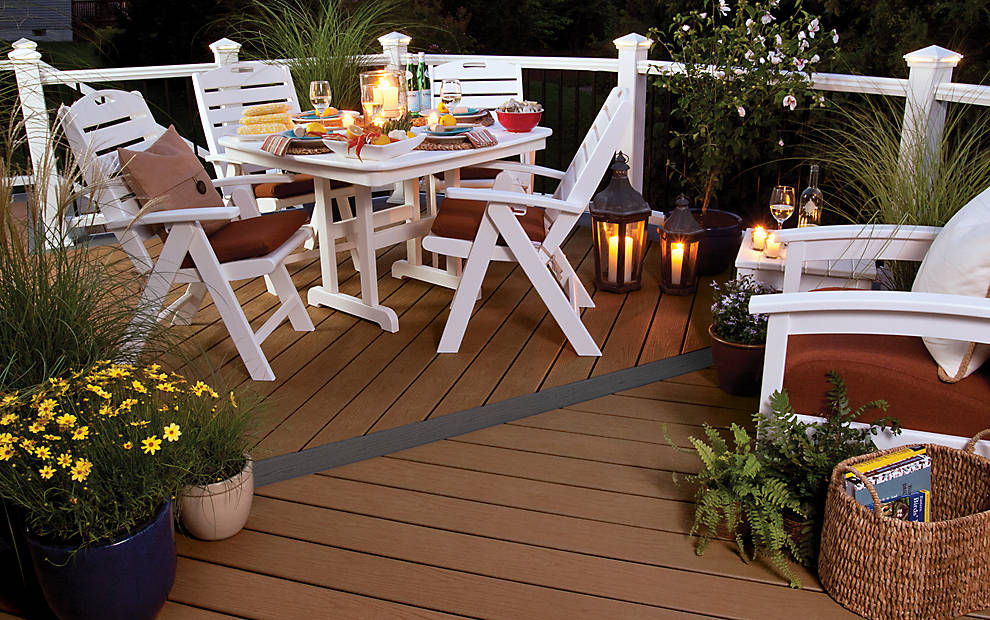 trex_enhance_decking_beach_dune_dining