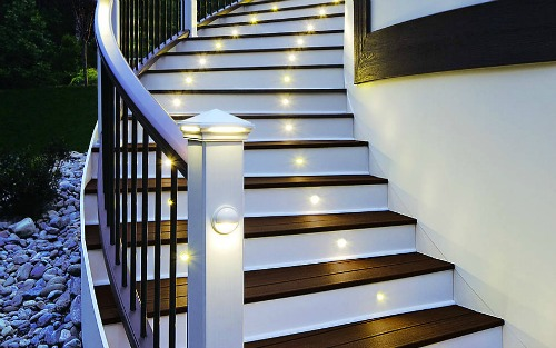 deck-lighting-curved-stairs-white