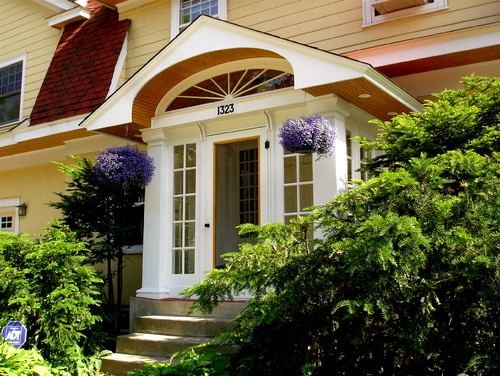 5 Portico Styles for Your Homed