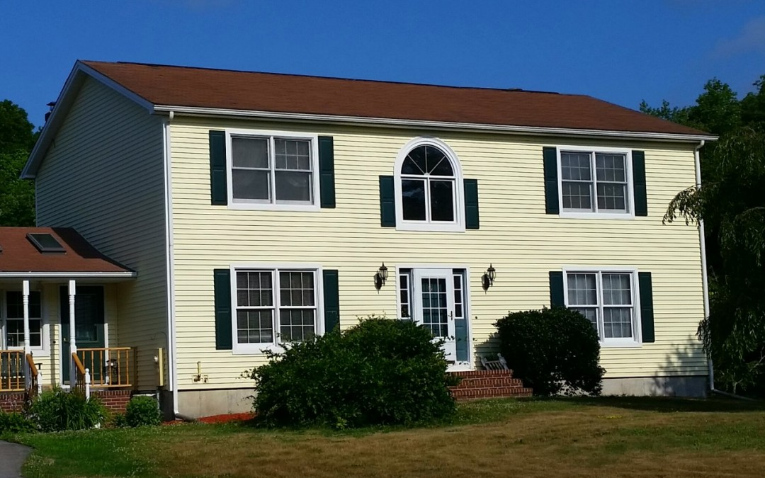 Vinyl Siding On Colonial Style Home In Seekonk Ma