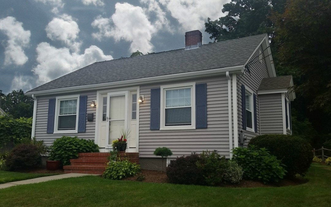 Seaside Ranch Gets New Vinyl Siding in Somerset, MA!