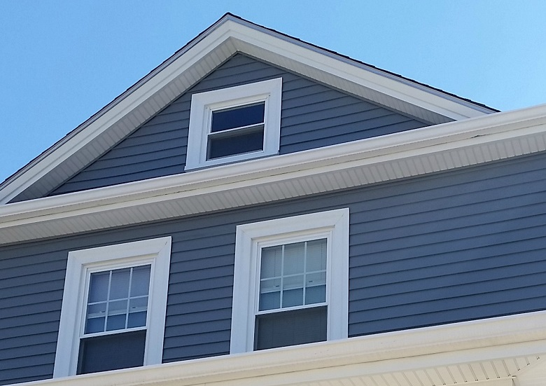 Vinyl Siding Adds Curb Appeal To Fairhaven Ma Home