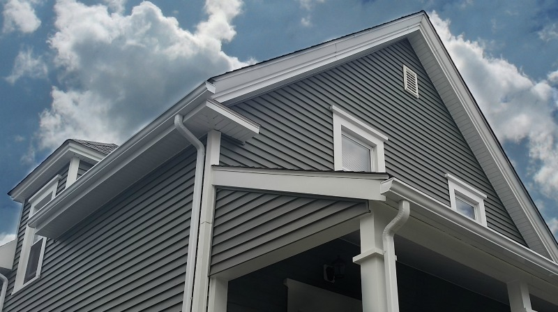 Vinyl Siding Revitalizes New Bedford Ma Home
