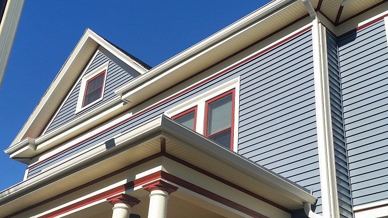 Vinyl Siding Harvey Windows On Historic Building In New