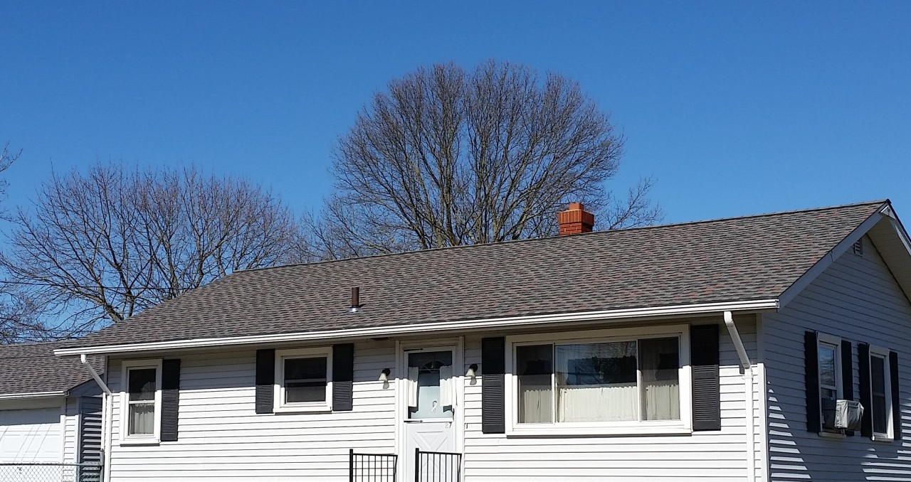 Gaf Roofing On Ranch Style Home In Acushnet Ma