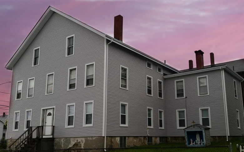 Vinyl Siding Featured On Fall River Ma Multi Family Home