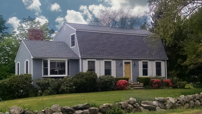 Roof Replacement On Dartmouth Ma Gambrel Contractor