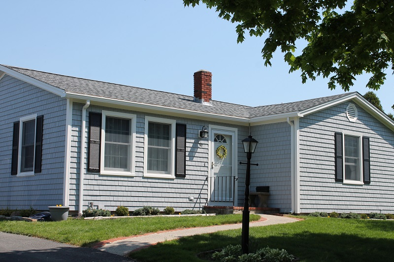 Roofing & Vinyl Siding on New Bedford, MA Ranch