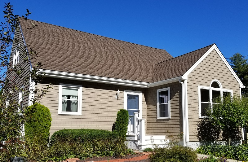 Mastic Vinyl Siding, Harvey Windows, GAF Roofing, Sunroom Addition, New Bedford, MA