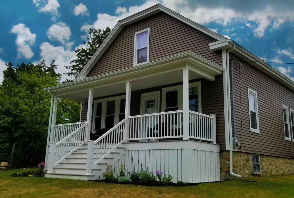 GAF Roofing System, Mastic Carvedwood Vinyl Siding, & AZEK Porch, Fairhaven, MA