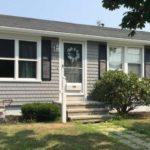 Mastic Cedar Discovery Vinyl Siding & Harvey Windows, New Bedford, MA