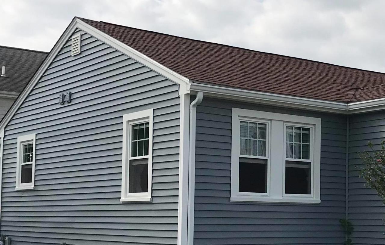 Mastic Carvedwood Vinyl Siding Amp Harvey Windows New Bedford Ma Contractor Cape Cod Ma Amp Ri