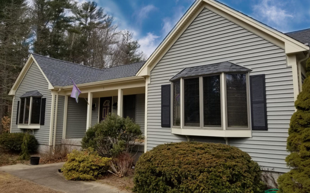 GAF Roofing System and Mastic Vinyl Siding in Mattapoisett, MA
