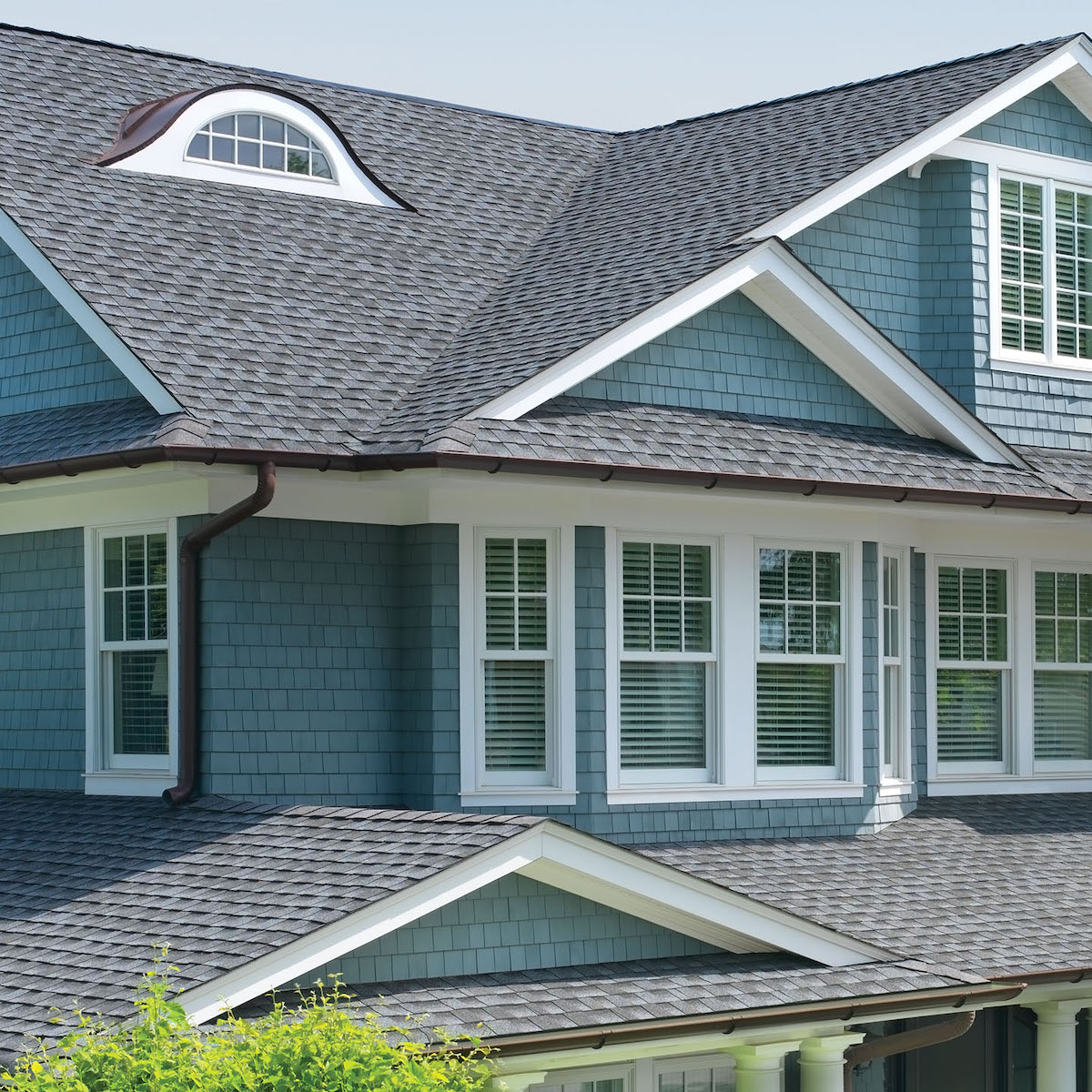 Clean Roof Designs For Cape Cod Houses Contractor Cape Cod Ma Ri